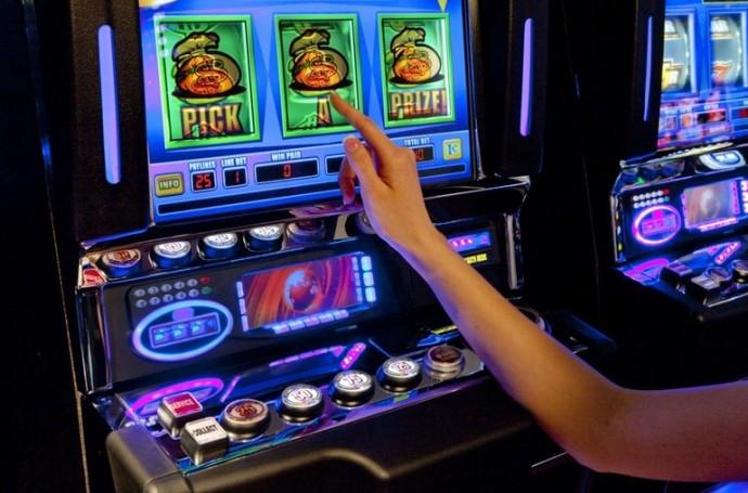 Автоматы игровые на раздевания чат рулетка онлайн ургант